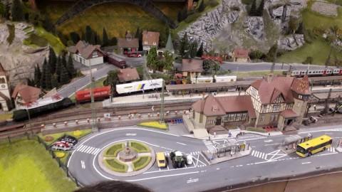 Der Kindergarten auf den Spuren der Eisenbahnen