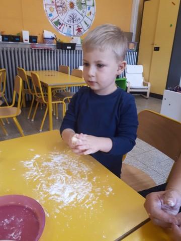 Die Bäckermeister im Kindergarten/ Les petits boulangers de l'école maternelle