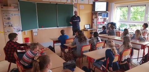 Erste Hilfe Kurs in der Mittelstufe